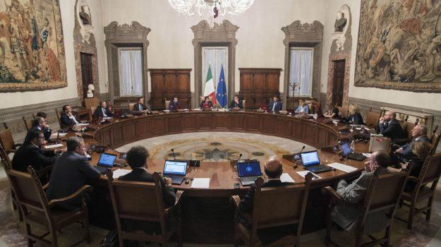 Governo M5s Lega, nuovo governo, sottosegretari governo, Giuseppe Conte, Luigi Di Maio, Matteo Salvini, Sicilia, Politica