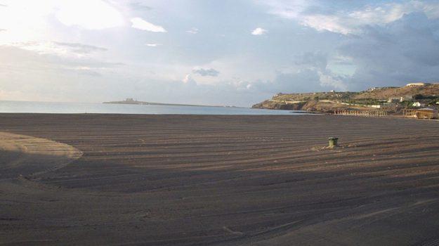Spiagge Pachino, Siracusa, Cronaca