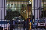 Incidente sul traghetto Napoli-Palermo, un'auto precipita e colpisce due persone: un morto