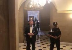 Trump in visita al Congresso. Qualcuno grida «Fuck you, Mr. President!»