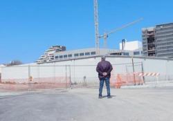 «Umarell», arriva il cortometraggio sugli anziani che guardano i cantieri