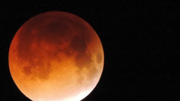 2019, astronomia, eclissi, Sicilia, Società