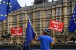 Brexit: May, no a proroga negoziati, sì ad accordo realistico