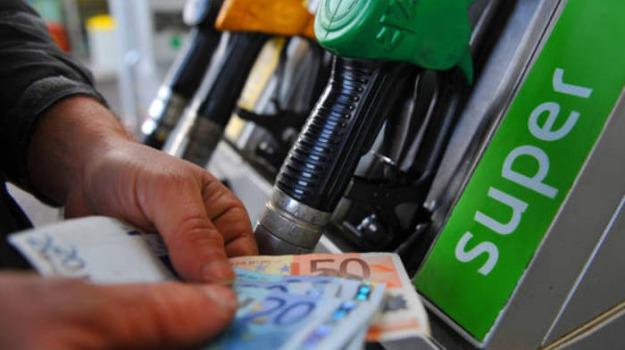 carburanti, Sicilia, Economia