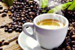 Studio dimostra: il caffè allunga la vita anche quando se ne beve molto