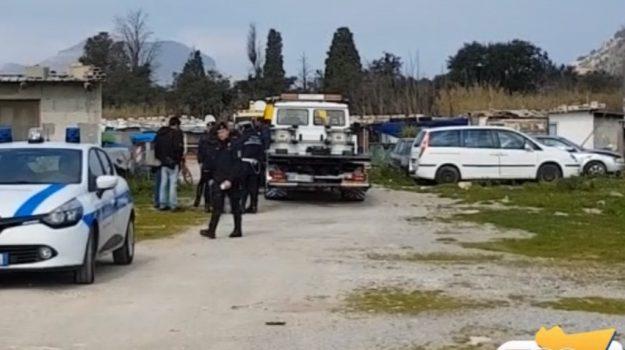 Campo rom a Palermo, dopo il sequestro il Comune mette in sicurezza l'impianto elettrico