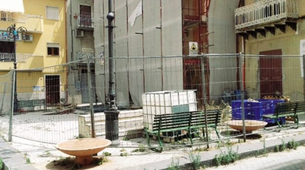 lavori chiesa niscemi, Caltanissetta, Cronaca