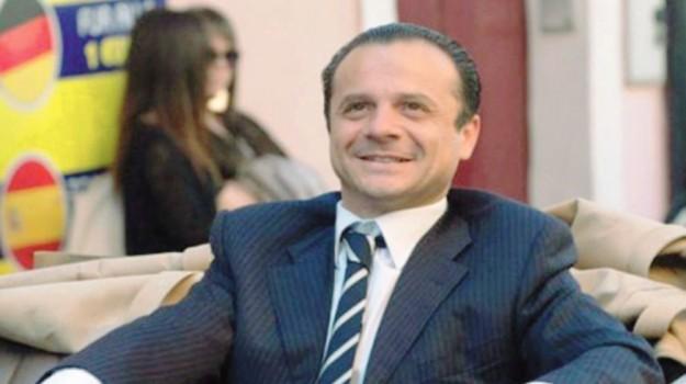 emergenza scuole messina, Cateno De Luca, Messina, Politica