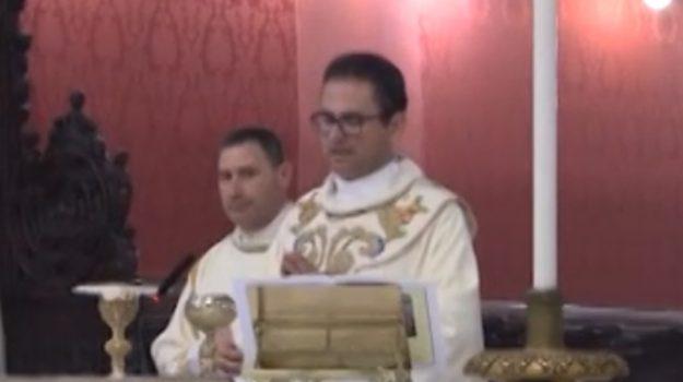 Festino, messa in Cattedrale in onore della Santuzza e uscita dell'urna argentea