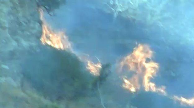 Incendio nei boschi a Messina, arrestato