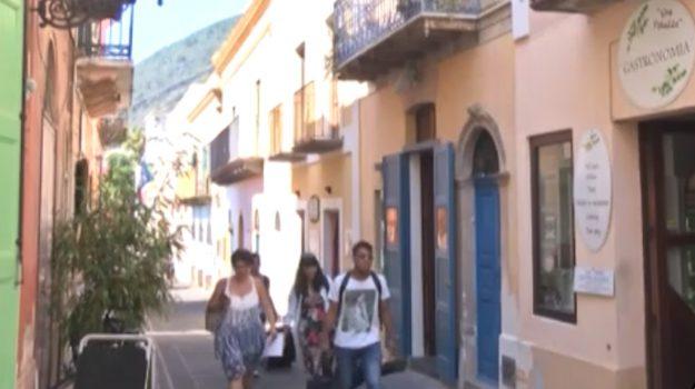 Turismo, isole Eolie prese d'assalto: boom di prenotazioni