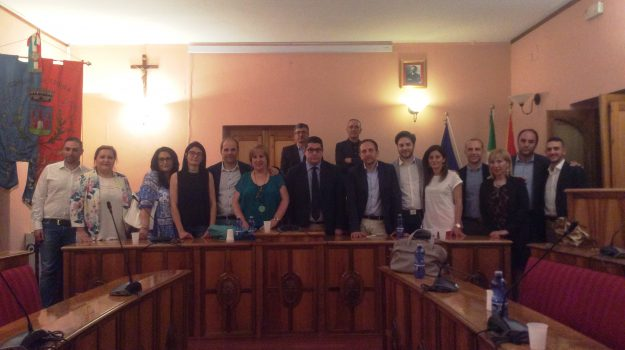 consiglio comunale troina, Gaetano Monastra, Enna, Politica