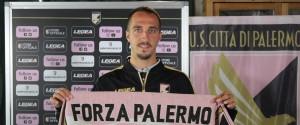 """Mazzotta torna al Palermo: """"Darò il massimo per questa maglia in ogni partita"""""""