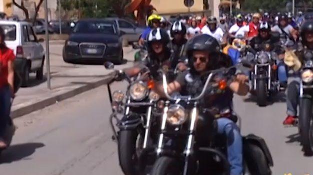 Raduno internazionale, appassionati di auto e moto insieme a Gibellina