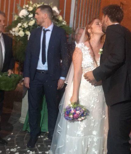 Matrimonio Noemi : Noemi ha sposato il suo bassista dopo anni di amore le