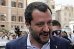"""Salvini valuta il ritorno del servizio militare: """"Così i ragazzi imparano un po' di educazione"""""""