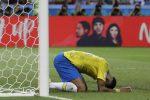 Neymar preso in giro dai tifosi del Belgio