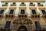 """Si anima il Sisal Art Place a Palermo, fino a venerdì la mostra """"Sguardi"""""""