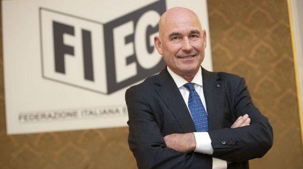 riffeser monti fieg, Andrea Riffeser Monti, Sicilia, Economia