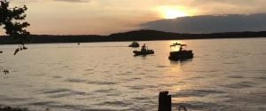 Usa, barca di turisti si capovolge in un lago del Missouri: almeno 11 morti