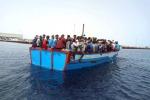 """Migranti, Strasburgo bacchetta i Paesi Ue: """"Lasciare usare i porti alle navi Ong"""""""