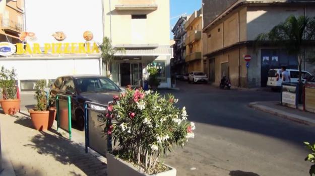 razzismo, senegalese picchiato partinico, Palermo, Cronaca