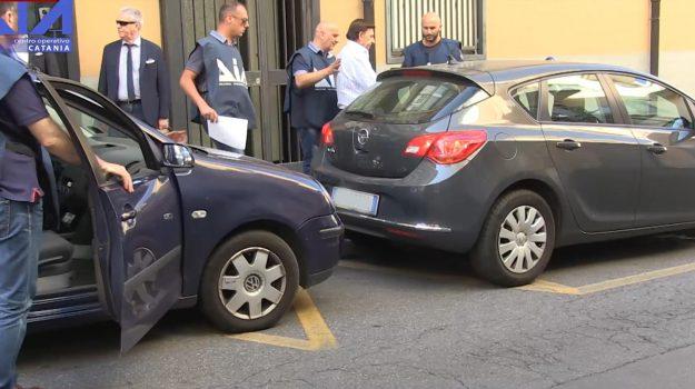 istituto mangano catania, Catania, Cronaca