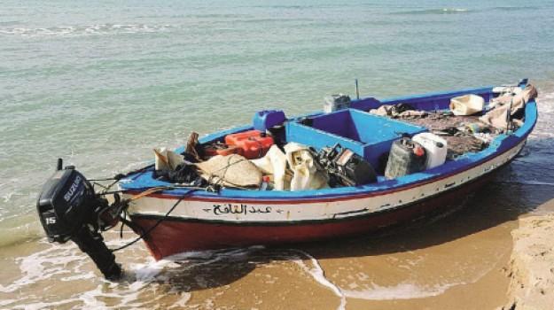 carrette del mare agrigento, Distruzione imbarcazioni migranti, Agrigento, Cronaca