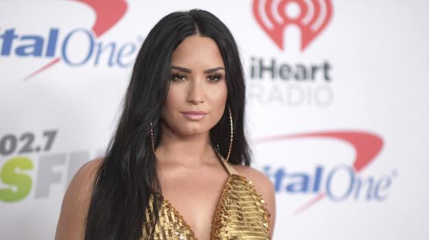 demi lovato overdose, Demi Lovato, Sicilia, Mondo