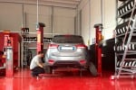 In auto è tempo di rimontare pneumatici estivi