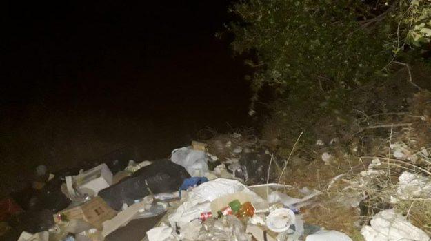 discarica abusiva savoca, rifiuti, Messina, Cronaca
