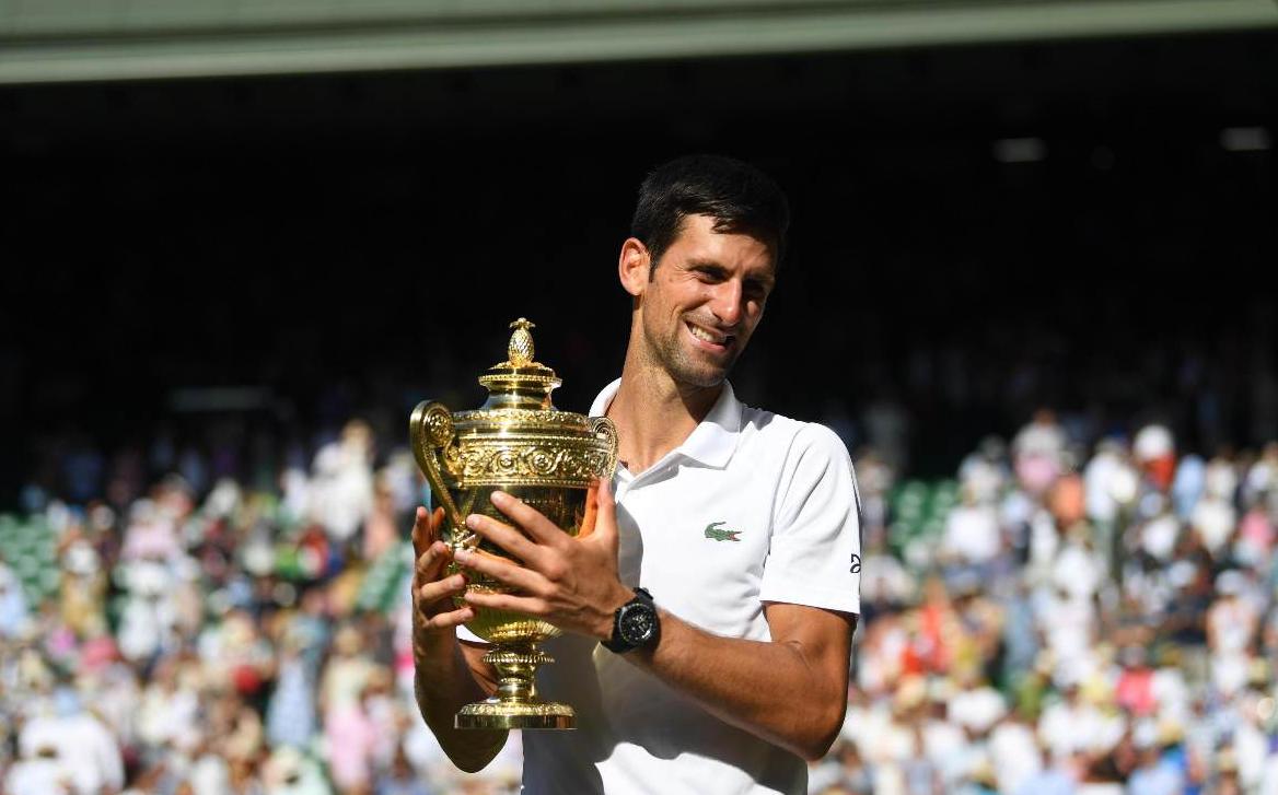 Wimbledon, Djokovic in finale: Nadal ko 10-8 al quinto set