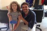 La piccola Elena Cammalleri col sindaco di Bagheria Patrizio Cinque