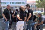 Ex sportellisti a lutto dopo il suicidio di un lavoratore: sit-in davanti alla Regione a Palermo