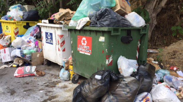 smaltimento irregolare rifiuti messina, Messina, Cronaca