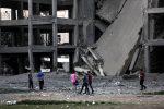 Nuova escalation a Gaza tra razzi e raid, poi Hamas annuncia tregua con Israele