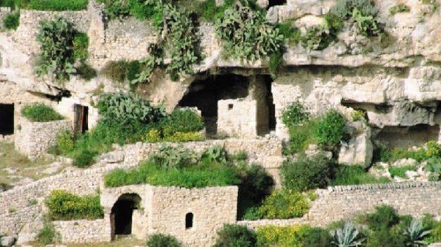 grotte di chiafura, Ragusa, Politica