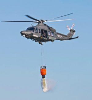 Incendio a Casteltermini, intervenuto un elicottero dell'Aeronautica