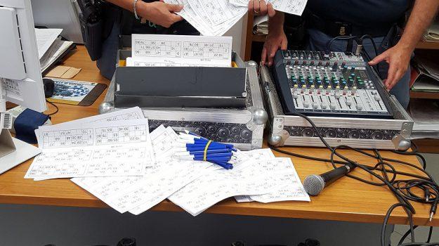 Scoperta lotteria illegale a palermo estrazione in piazza - Filodiffusione casa ...