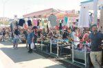 Controlli al mercatino di Caltanissetta, scoperti ambulanti abusivi