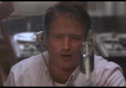 Iniziava le trasmissioni dicendo «Gooooooood Morning, Vietnam!», diventato lo slogan di un'epoca. Il mitico conduttore radiofonico celebrato nel film del 1987 `Good Morning Vietnam´ interpretato dal compianto Robin Williams