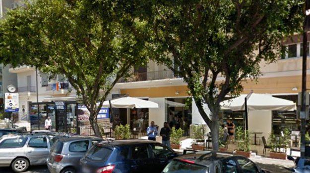 bar alba palermo, chiusura bar alba, Palermo, Economia