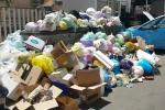 A Palermo via ad otto isole ecologiche ma ci sono cumuli di rifiuti in strada