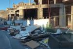 Palermo, una colonna di rifiuti conduce al porticciolo di Sant'Erasmo: le immagini