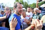 """Salvini: """"Sulla chiusura dei porti decido io"""". È scontro con il M5s"""