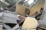 Forte terremoto in Indonesia, crollati edifici: almeno 14 morti
