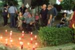 Formazione, ceri accesi in una veglia notturna: nuova protesta degli ex sportellisti a Palermo