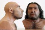 Due ricostruzioni di un uomo di Neanderthal, esposte al Rheinisches Landesmuseum di Bonn (Fonte: Joerg Carstensen)