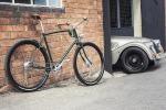 Design, colori, accessori e perfino l'uso del legno uniscono le nuove bici Pashley alla tradizione Morgan