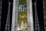 Il satellite Aeolus integrato nel razzo Vega, in attesa del lancio nella base europea di Kourou (fonte: ESA/CNES /Arianespace)